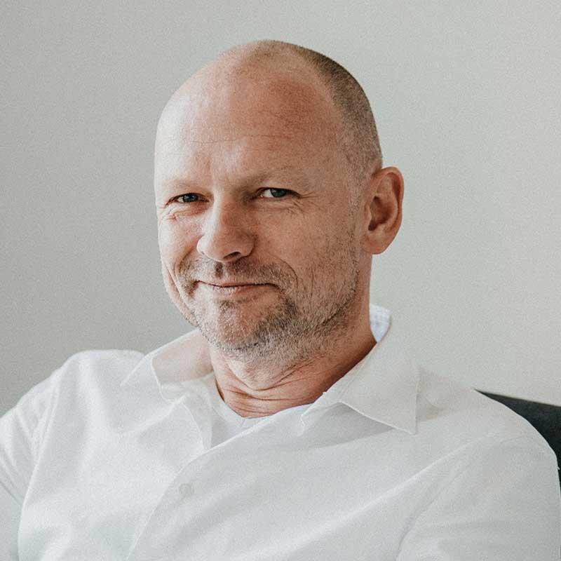 Dr. Jens Ziegler